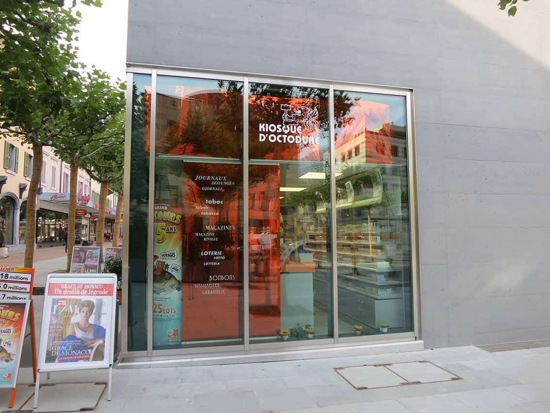 Kiosque_My_2 - Anne Catherine Franzetti atelier de graphisme : logotypes, affiches, édition, signalétique, cartes de visite, prospectus, packaging, valais martigny - cat atelier